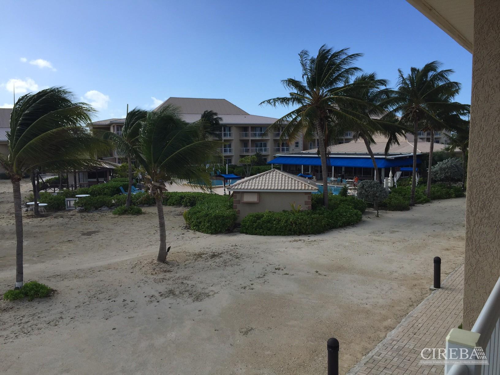 GRAND CAYMANIAN BEACH CLUB & RESORT