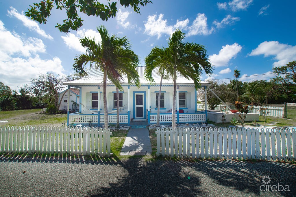 CAYMANIAN HERITAGE COTTAGE