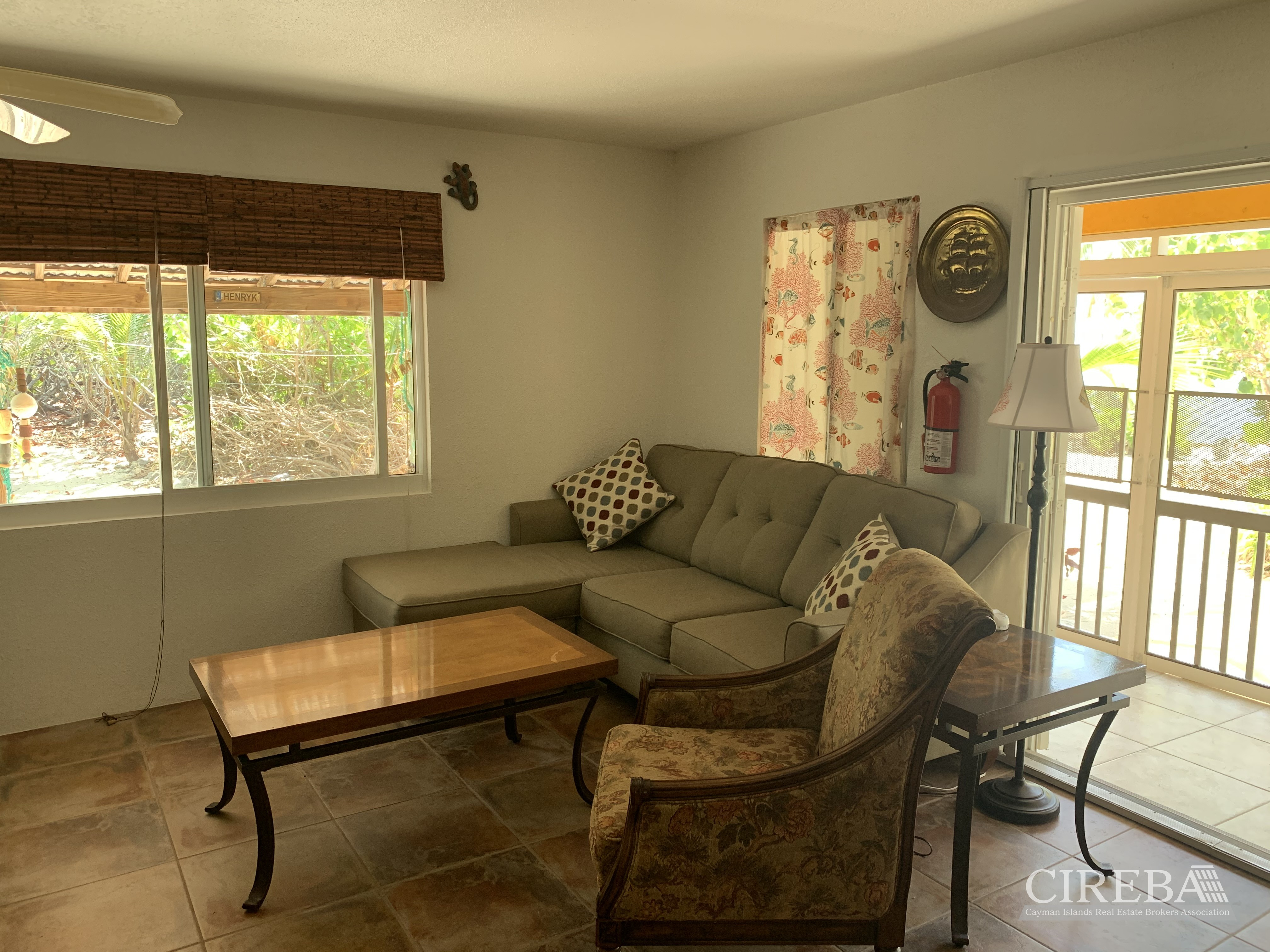 Hawksbill cottage living room