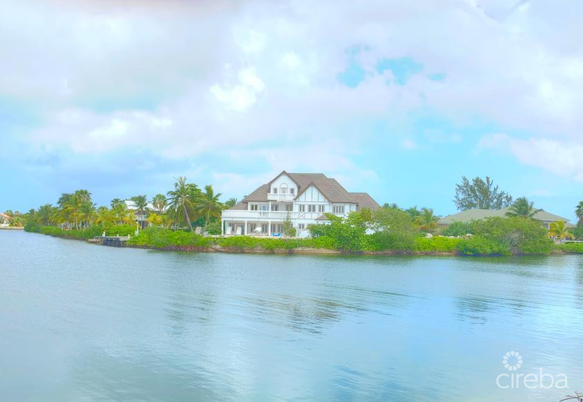 OCEANFRONT SHORES HOME WITH DOCK