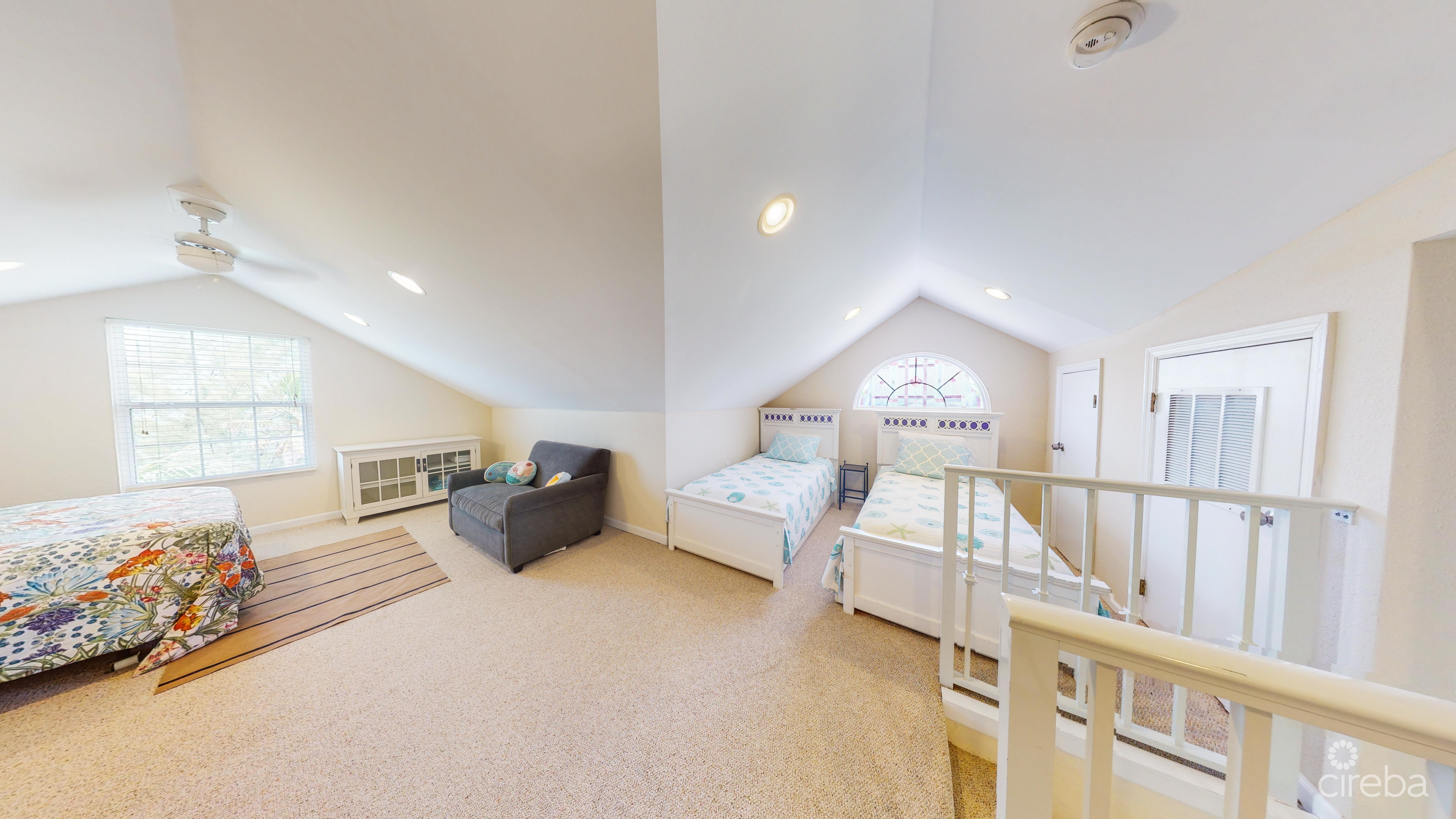 Oversized 3rd floor bedroom with ensuite.