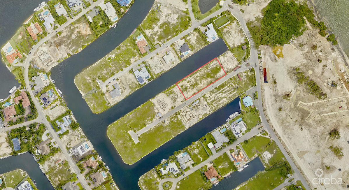 RARE CRYSTAL HARBOUR .86 ACRE LOT