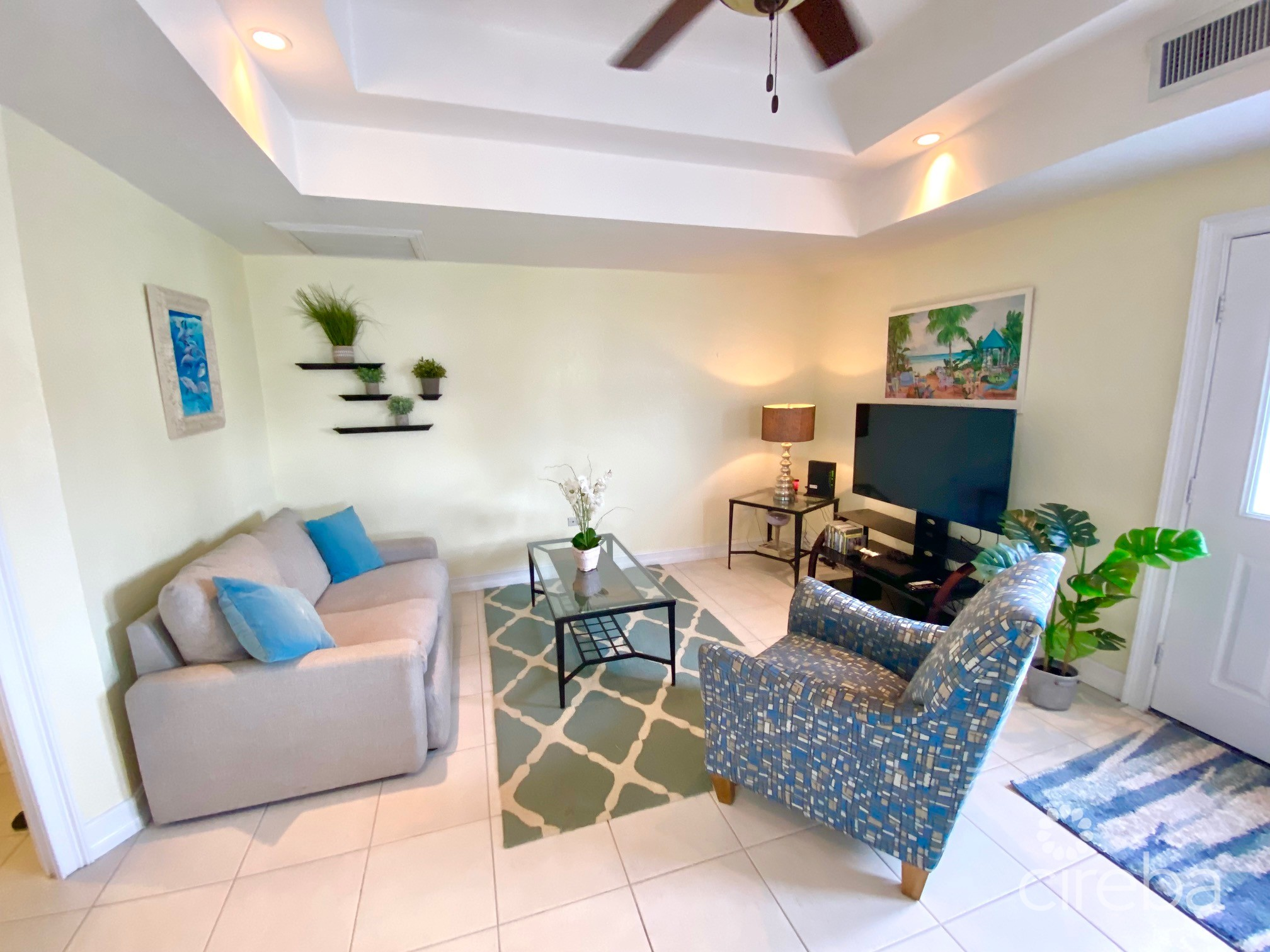 SUNRISE LANDING EXECUTIVE CANAL FRONT HOME